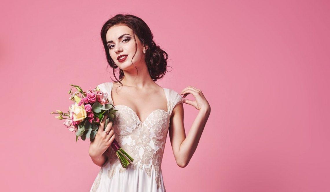 Idealne sukienki na wesele letnią porą